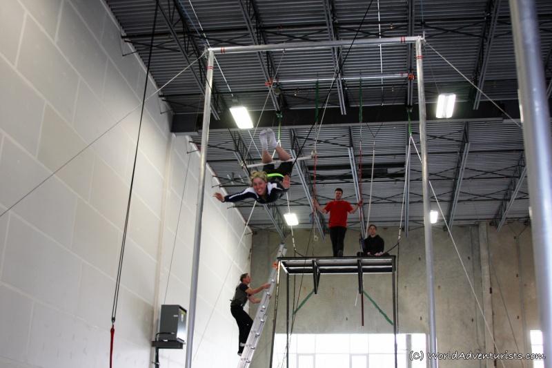 trapeze2_wa