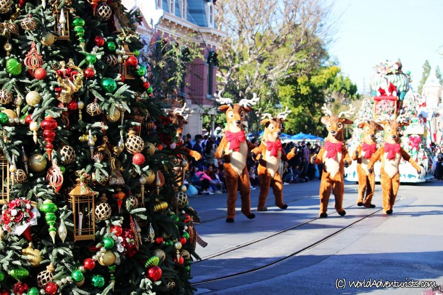 disneychristmasparade16