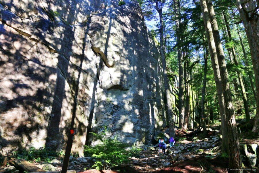 Murrin Park Loop Trail